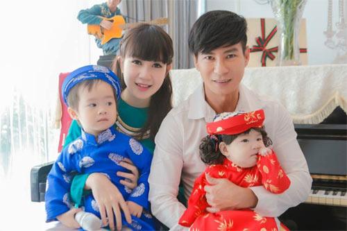 thuy top goi banh chung don tet - 3