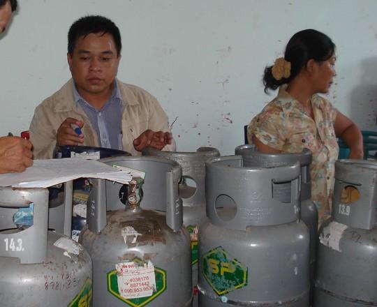 gas giam 13.000 dong/binh 12 kg - 1