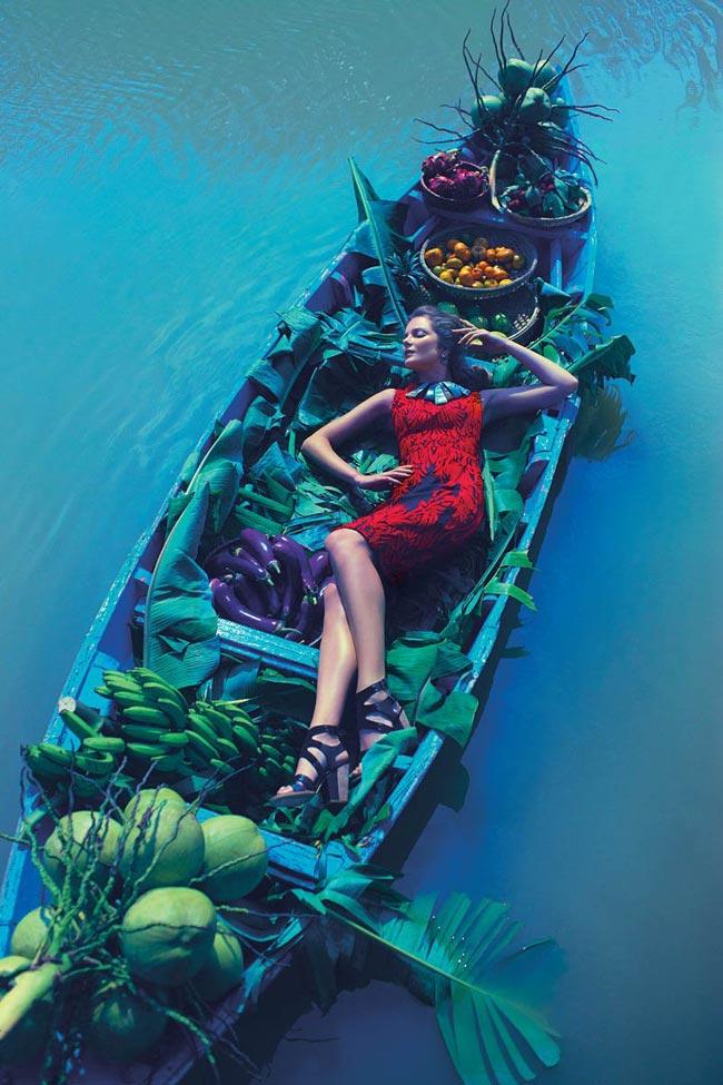 Bộ ảnh được thực hiện bởi thương hiệu thời trang đến từ nước Mỹ, Anthropologie và được chụp bởi nhiếp ảnh gia người New York, Diego Uchitel cho bộ sưu tập mới nhất của thương hiệu này.