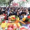 Tin tức - Đầu năm mới, dân đổ xô đi chùa dâng sao giải hạn