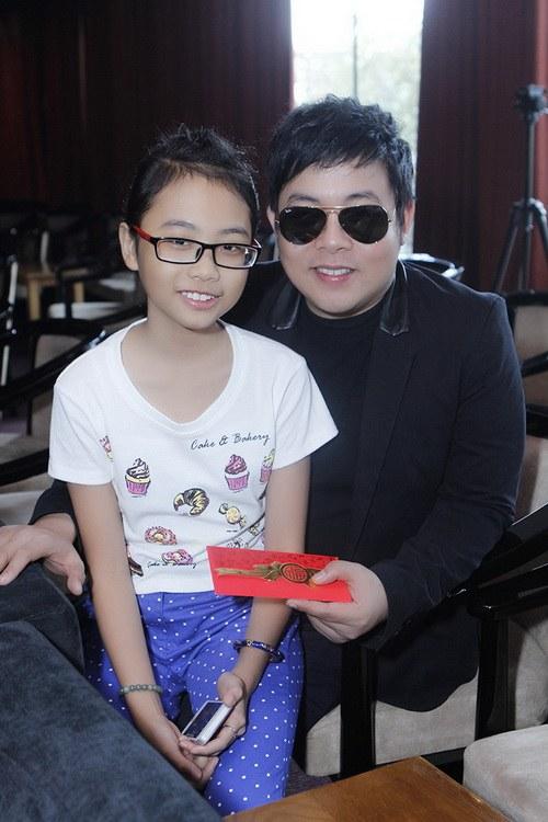 phuong my chi duoc cha nuoi quang le li xi - 1