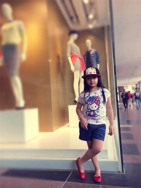 thuy hang, thuy hanh vui choi o singapore - 10