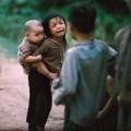 Tin tức - Ảnh: Trẻ em Việt Nam trong khói lửa chiến tranh