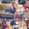 """""""Thiên đường"""" giày dép đáng thèm của Paris Hilton"""