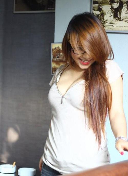 Cô gái nhận ngực mình đẹp nhất việt nam - 18