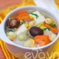Bếp Eva - Canh rau củ thập cẩm chay nóng hổi