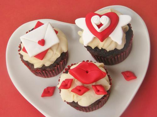 trang tri cupcake tinh tu cho valentine - 14