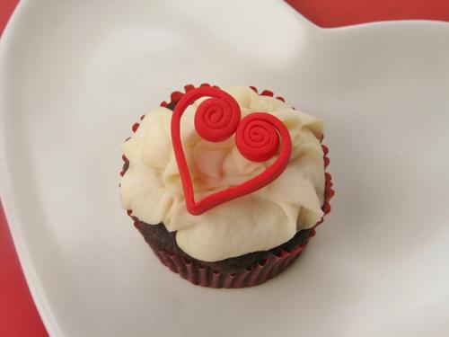 trang tri cupcake tinh tu cho valentine - 10
