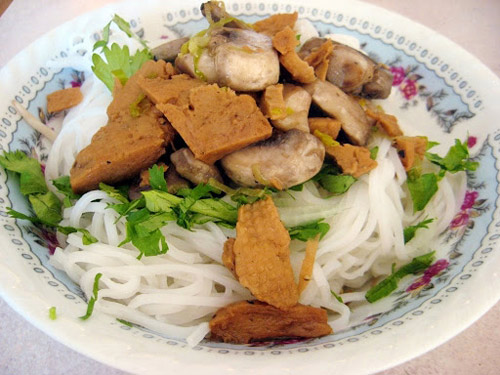 ram thang gieng an sang voi pho chay - 3
