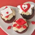Bếp Eva - Trang trí cupcake tình tứ cho Valentine