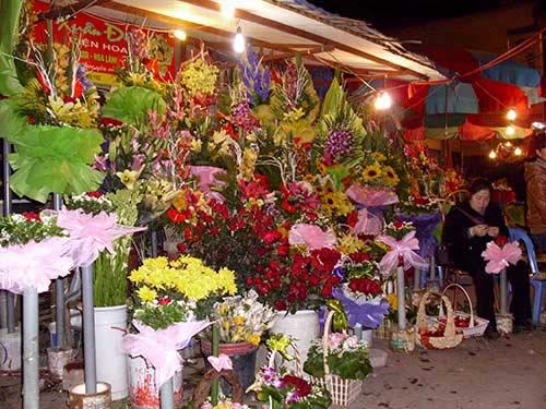 valentine: gia hoa tuoi thay doi tung gio - 2