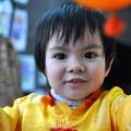 Làm mẹ - Nét đẹp có '102' của 'cậu út' nhà Trần Lực