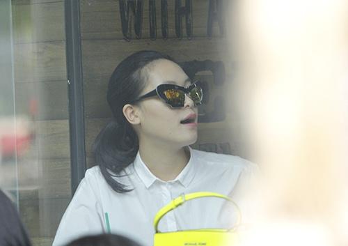"hh thuy dung di cafe cung rat ""sang chanh"" - 10"