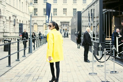"hoang thuy duoc elle uk chu y nho street style cuc ""chat"" - 10"