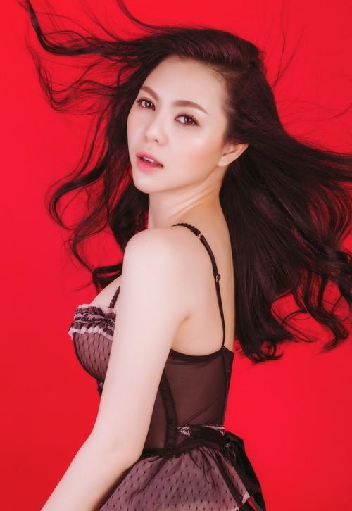 Á hậu Trà Giang sexy hết cỡ với bikini - 8