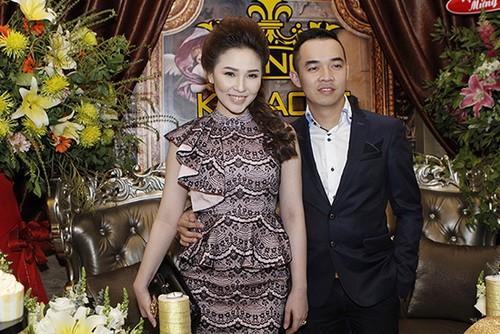 """Quỳnh Thư rạng rỡ bên bạn trai """"chịu chi"""" - 2"""