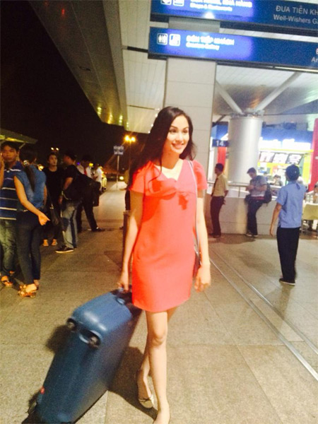 kim hien hanh phuc ben chong sap cuoi - 4