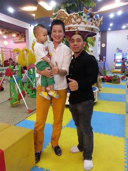 kim hien hanh phuc ben chong sap cuoi - 6