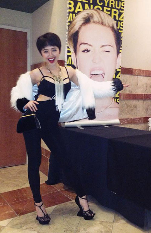 toc tien thua nhan sexy giong miley cyrus - 1