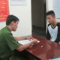 Tin tức - 3 học sinh ở Sài Gòn dọa chặt tay bạn để tống tiền