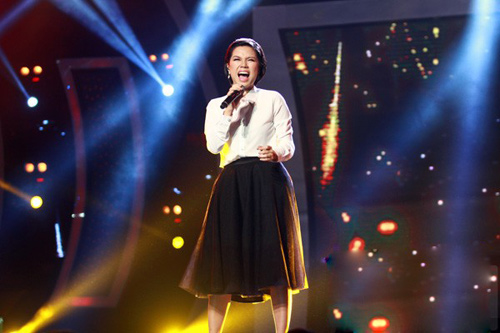"""bgk vietnam idol 2013 """"uu ai"""" nhat thuy - 8"""
