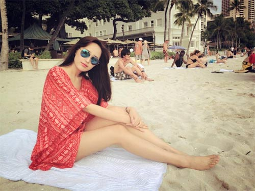 ly hung massage cho hoa hau diem huong - 2