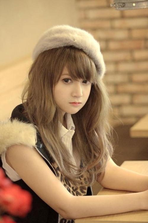 Cô gái Việt có khuôn mặt búp bê-4