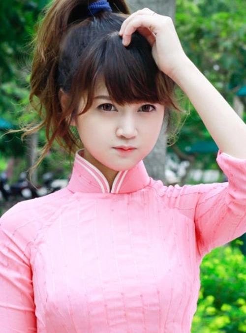 Cô gái Việt có khuôn mặt búp bê-6