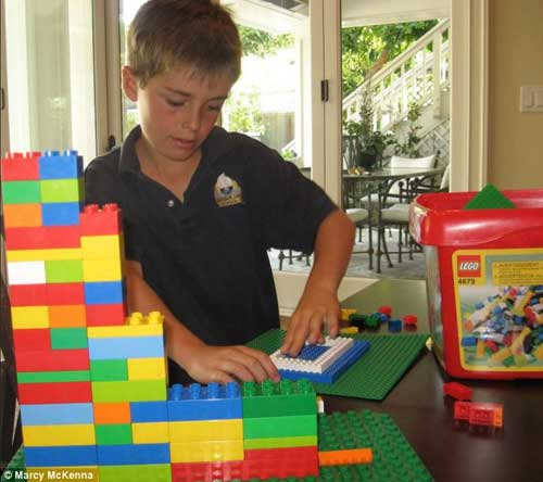 Thành triệu phú nhờ phát minh của con trai 7 tuổi-3