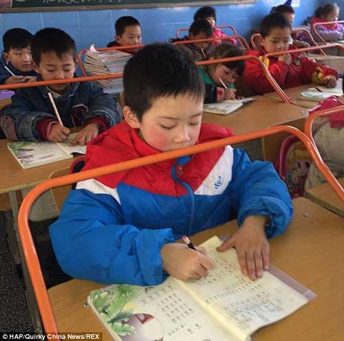 tq: truong hoc lap khung thep chong can thi cho hs - 1