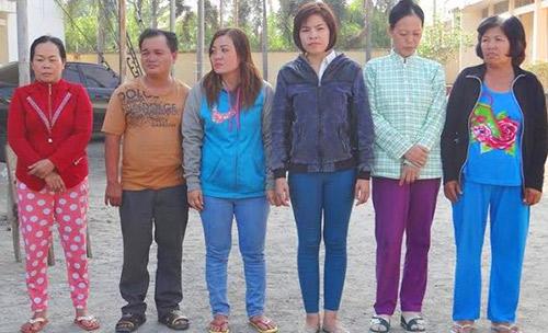 bi kich hang chuc phu nu sap bay bon buon nguoi - 1