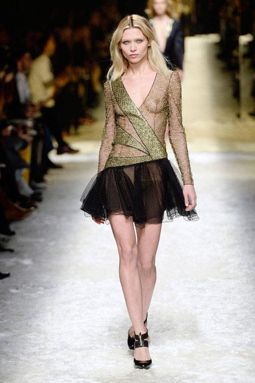 tuyẻn tạp váy sexy ''hun nóng'' thành milan - 7