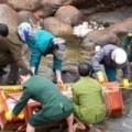 Tin tức - Clip: Khoảnh khắc sập cầu treo kinh hoàng ở Lai Châu