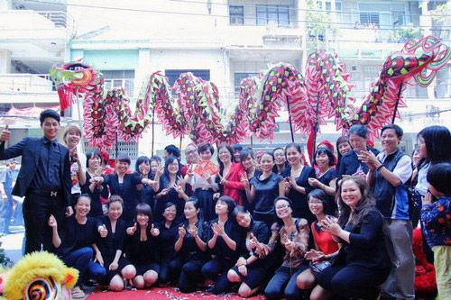 vu thu phuong hanh phuc ben chong con - 15