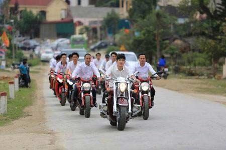 tai xuat dam cuoi 'khung' tai pho nui ha tinh - 4