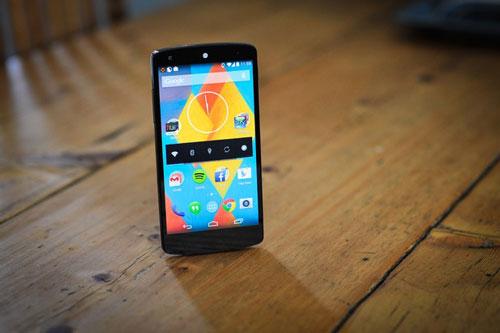 4 smartphone chinh hang tam gia 10 trieu dong dang mua - 1