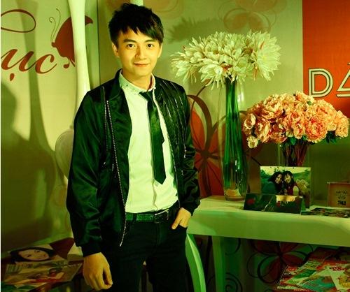 "my tam - hien thuc: tinh ban tu to ""bun mang vit"" - 18"