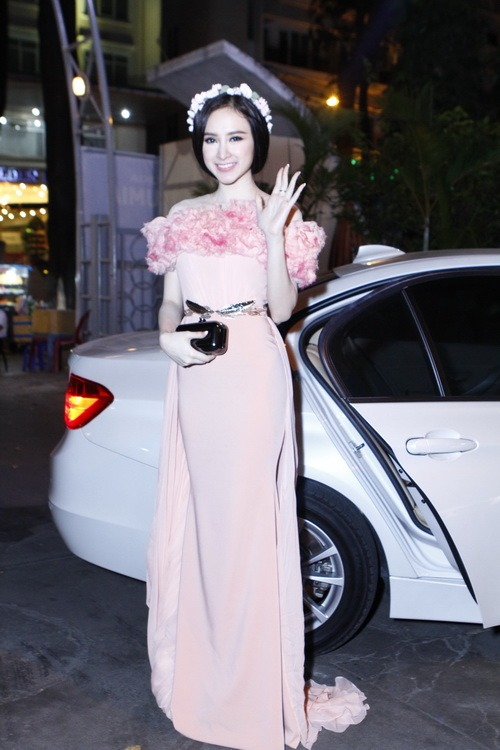 angela phuong trinh long lay nhu cong chua - 1