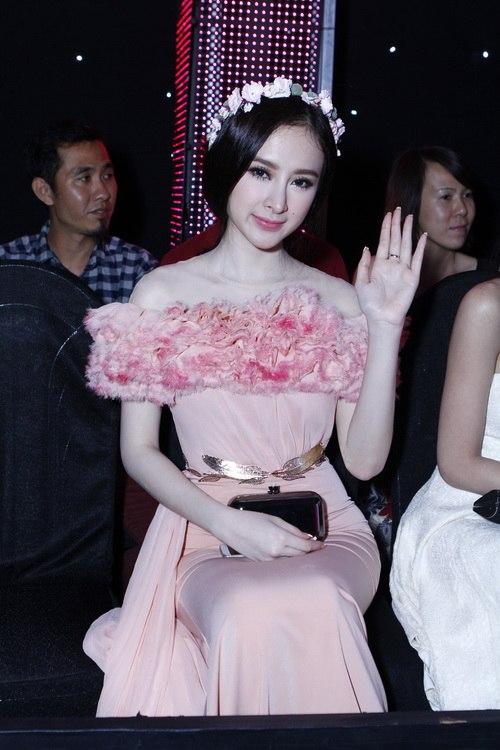 angela phuong trinh long lay nhu cong chua - 11