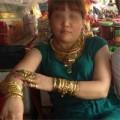 Tin tức - Dân mạng 'điên đảo' với cô gái đeo gần trăm cây vàng