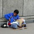 Tin tức - 'Tại sao những đứa trẻ ăn xin luôn ngủ?'