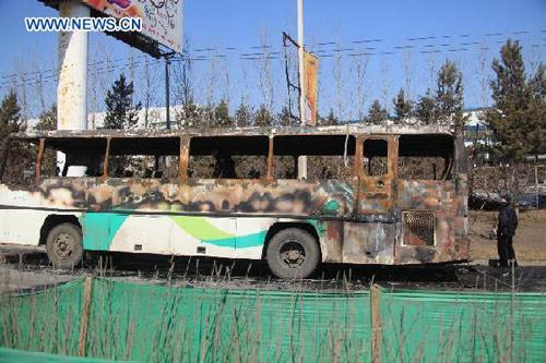 TQ: Xe buýt bốc cháy, 10 người thiệt mạng-2