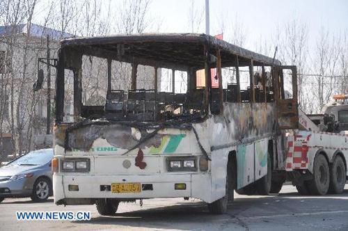 TQ: Xe buýt bốc cháy, 10 người thiệt mạng-4
