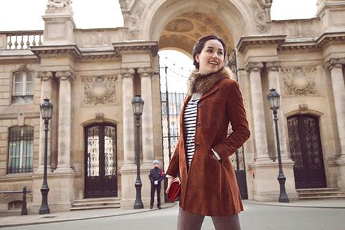 Mai Phương Thúy rạng ngời trên đường phố Paris-3