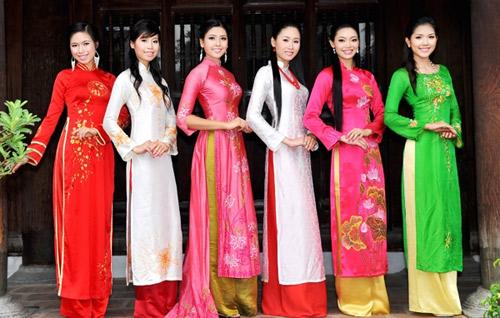 ao dai lot top 10 trang phuc truyen thong sexy nhat - 5
