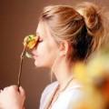 """Eva tám - Chồng: """"Một bông hoa đắt hơn cả ổ bánh mì"""""""