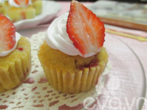 cupcake dau tay thom ngon cho be - 7