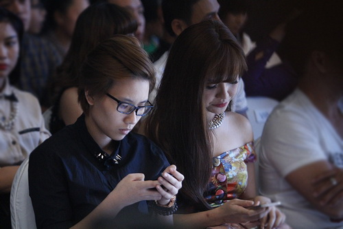 "bich phuong than mat ""tinh dong gioi tin don"" - 1"
