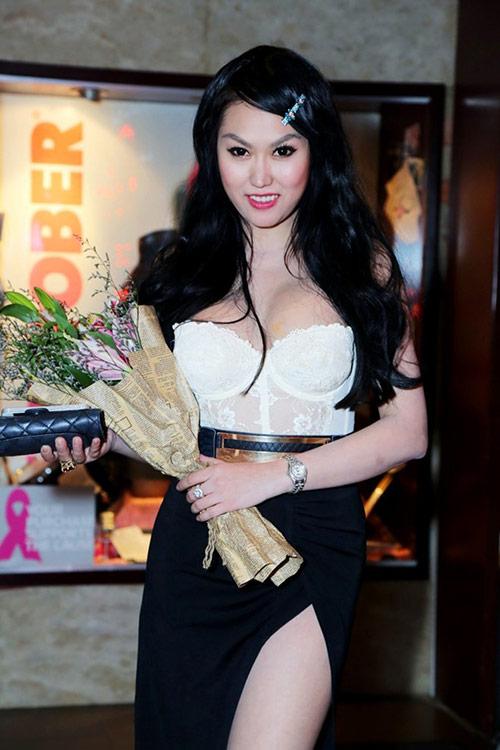 phi thanh van truoc tham my nguc phang li - 6