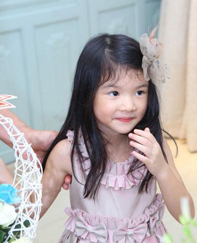 Con gái Trương Ngọc Ánh cover hit Lương bích Hữu-3